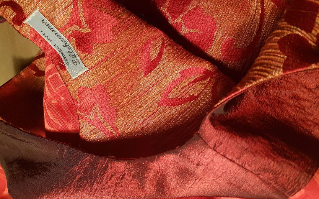 Den røde kjolen – en glamorøs historie